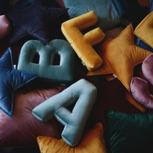normal_velvet-alphabet-cushions